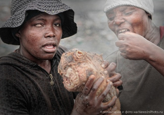 Мусорные горы Мапуту - жуть!!!  %D0%B3%D0%BE%D1%80%D1%8B-%D0%BC%D1%83%D1%81%D0%BE%D1%80%D0%B0-16