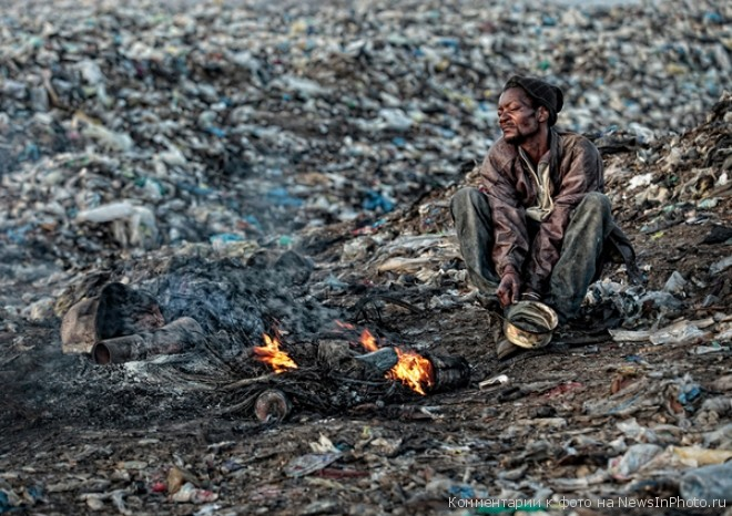 Мусорные горы Мапуту - жуть!!!  %D0%B3%D0%BE%D1%80%D1%8B-%D0%BC%D1%83%D1%81%D0%BE%D1%80%D0%B0-3