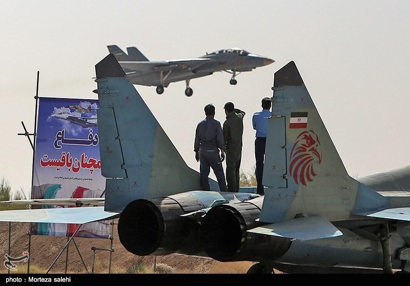 """بالصور//  انطلاق مناورات """"فدائیو حریم الولایة5"""" للقوة الجویة للجیش الإيراني 139406141538373676029894"""
