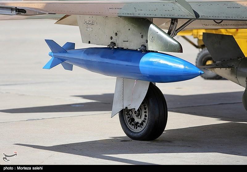 """بالصور//  انطلاق مناورات """"فدائیو حریم الولایة5"""" للقوة الجویة للجیش الإيراني 139406141538376176029894"""