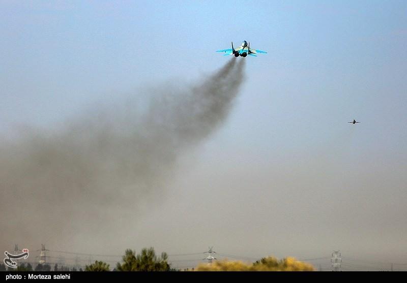 """بالصور//  انطلاق مناورات """"فدائیو حریم الولایة5"""" للقوة الجویة للجیش الإيراني 139406141538378976029894"""