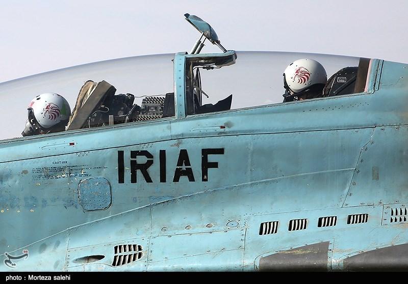 """بالصور//  انطلاق مناورات """"فدائیو حریم الولایة5"""" للقوة الجویة للجیش الإيراني 139406141538382416029894"""