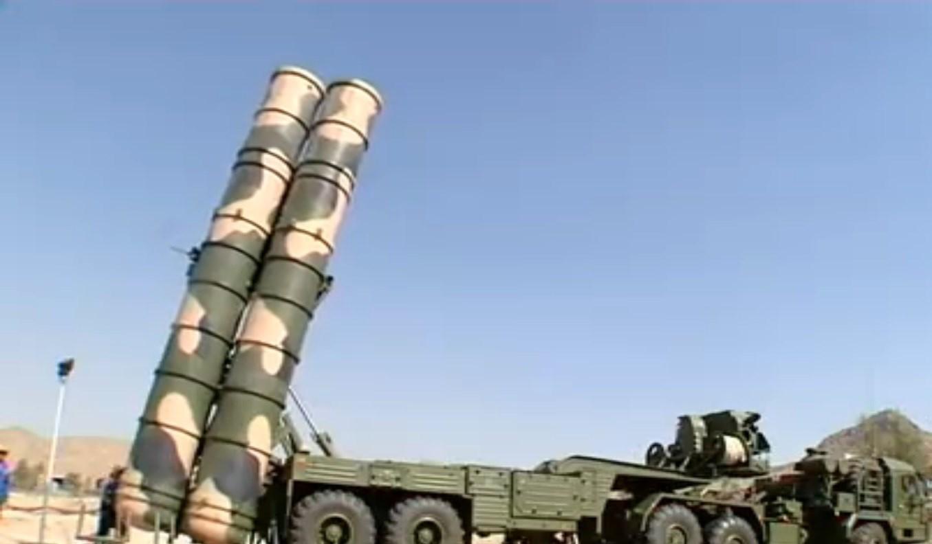 """إيران تنشر """" أنظمة صواريخ  S-300 """" قرب منشأة فردو النووية  1395060808370044485043610"""