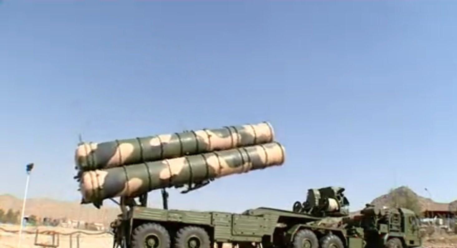 """إيران تنشر """" أنظمة صواريخ  S-300 """" قرب منشأة فردو النووية  1395060808374553885043810"""