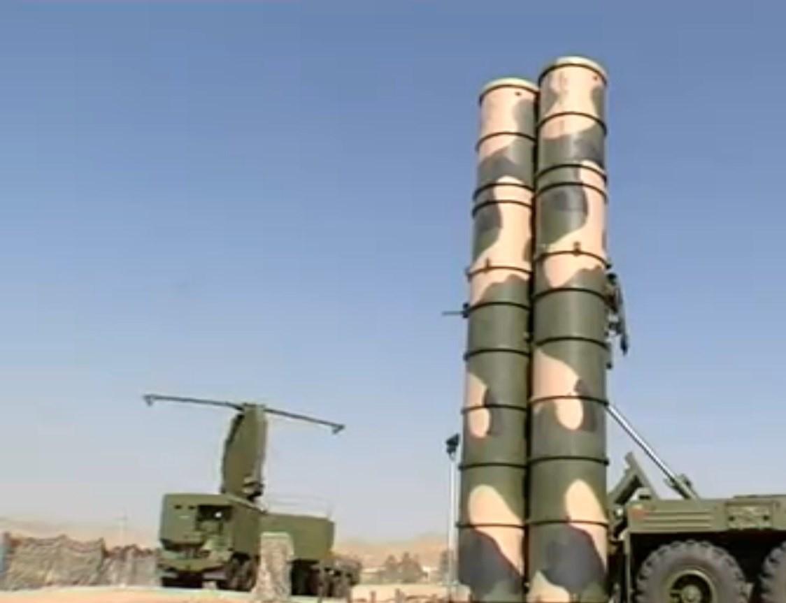 """إيران تنشر """" أنظمة صواريخ  S-300 """" قرب منشأة فردو النووية  139506080838256985044110"""