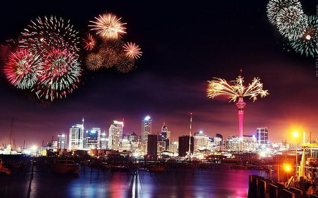 Urări de sărbători - Pagina 7 Auckland-NYE