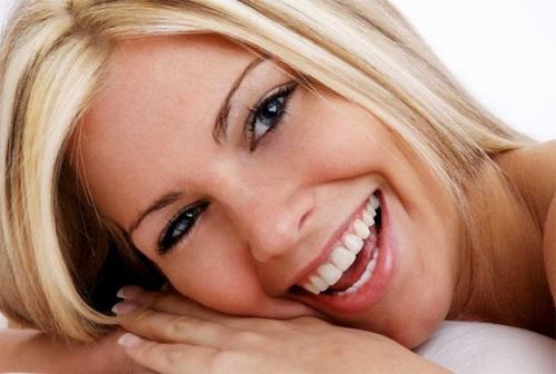 Bọc răng sứ có đau hay để lại biến chứng gì không? Chinh-nha-nieng-rang