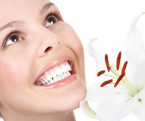 Lựa chọn các vật liệu trám răng hiệu quả Nieng-rang-khong-mac-cai-invisalign-3