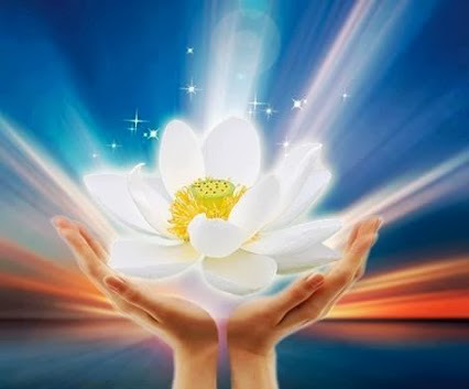 Những bài thơ hay và ý nghĩa nhất về cuộc sống Tuyen-tap-nhung-bai-tho-hay-va-y-nghia-nhat-ve-le-song-cua-chung-ta-3
