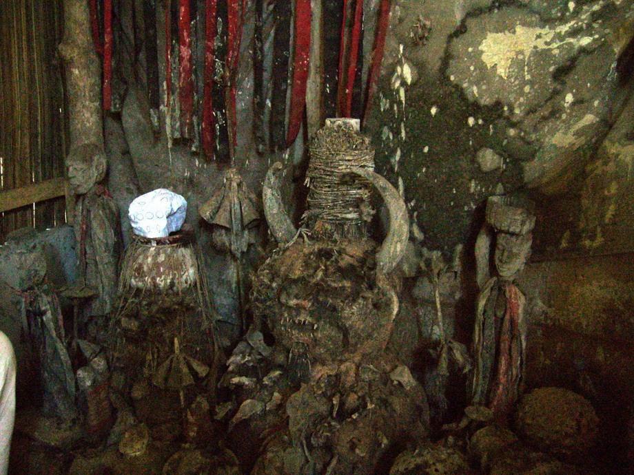 валтея - Куклы как объект поклонения: традиционные, обрядовые, магические, вуду. Идолы,тотемы, ритуальные маски, обереги, артефакты. - Страница 7 Supermarket-eto-interesno-poznavatelno-kartinki_2054481148