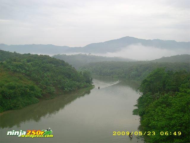 Si Ijo trip to Bandoeng Citarum