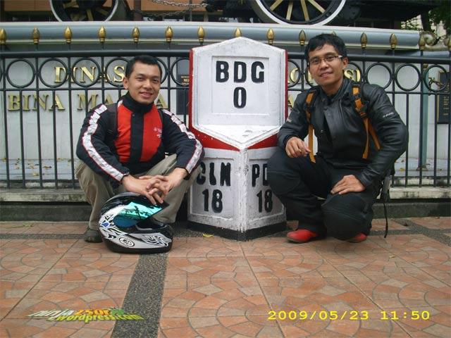 Si Ijo trip to Bandoeng Nol_km