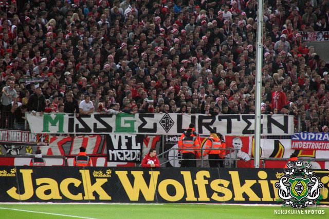 FC Köln     Derbya1112-047