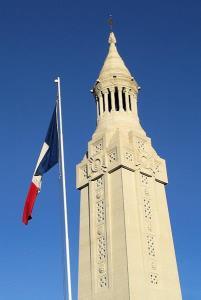 Notre Dame de Lorette : la grande nécropole française de la Grande Guerre Lorette_tourlanterne