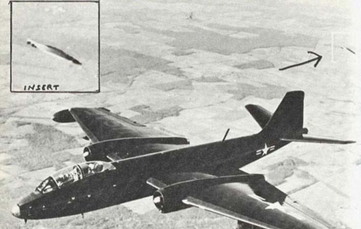 Почему скрывается информация об НЛО? Washington_conference_1957_Edwards_AFB_Calif