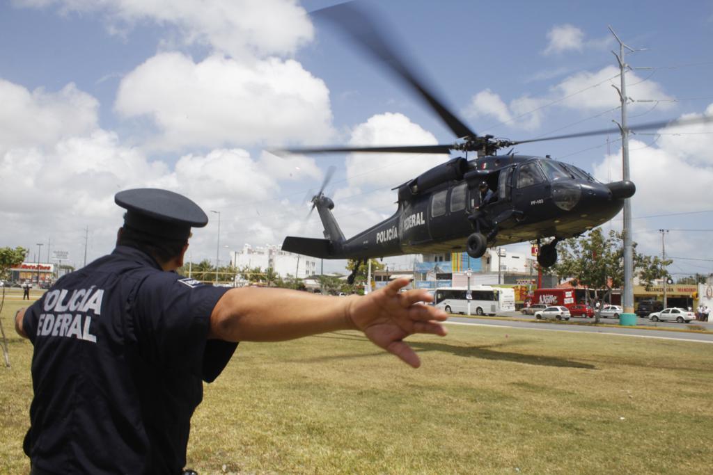 POLICIA -  Black Hawks de la Policia Federal. - Página 7 0403pfp4