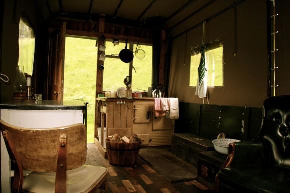 El hotel escocés en la caja de un camión Hotel-camion-6