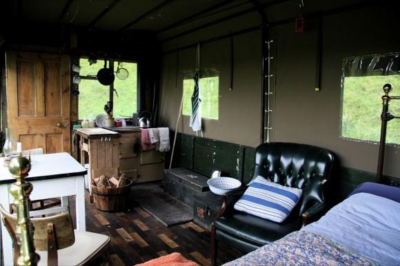 El hotel escocés en la caja de un camión Hotel-camion-8