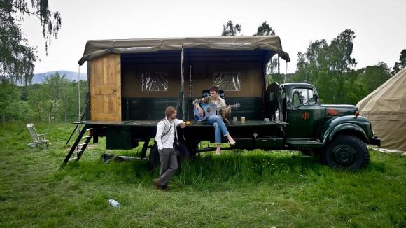 El hotel escocés en la caja de un camión Hotel-camion
