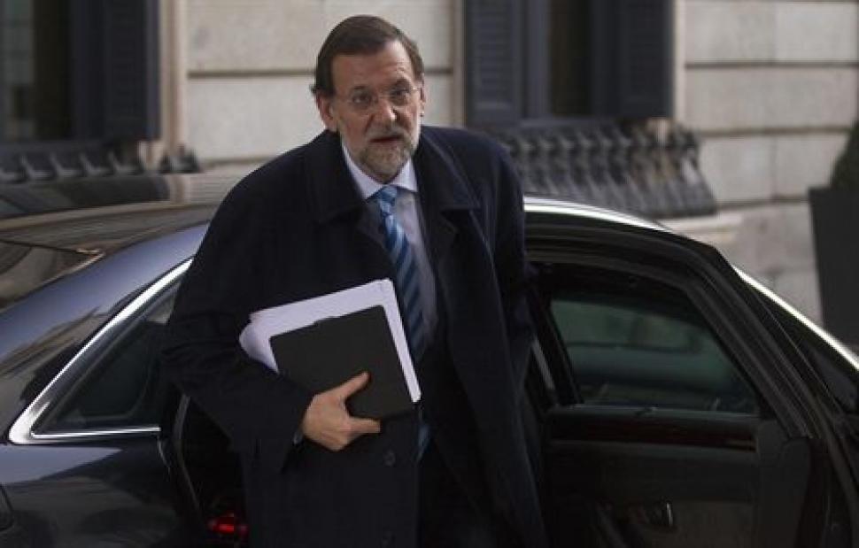 ¿Cuántos coches oficiales hay en España? Mariano-rajoy-coche-oficial