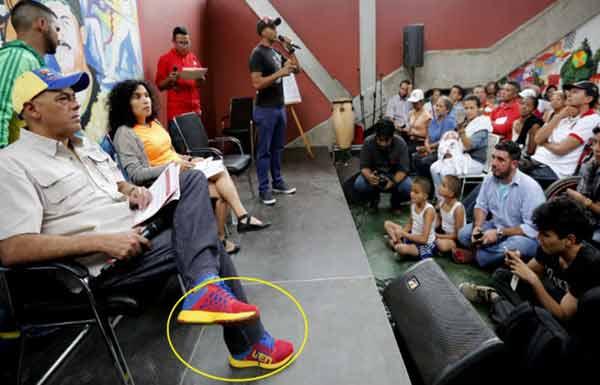 Justicia - Dictadura de Nicolas Maduro - Página 36 Zapatos-jorge-rodriguez
