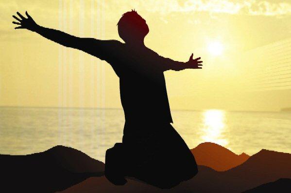 Dirljiva životna priča Kneeling-in-prayer