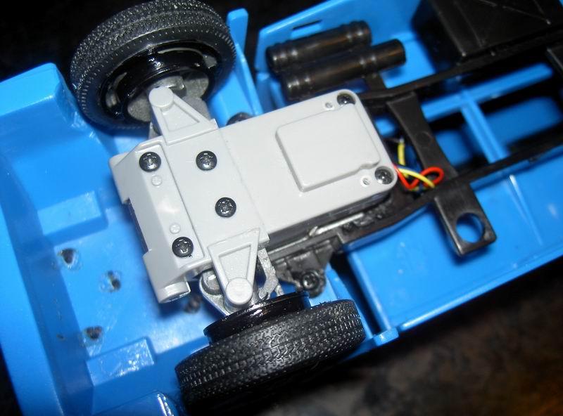 Kyosho Mini Z] Transformation d'une Mini Z en camion porte auto. 10