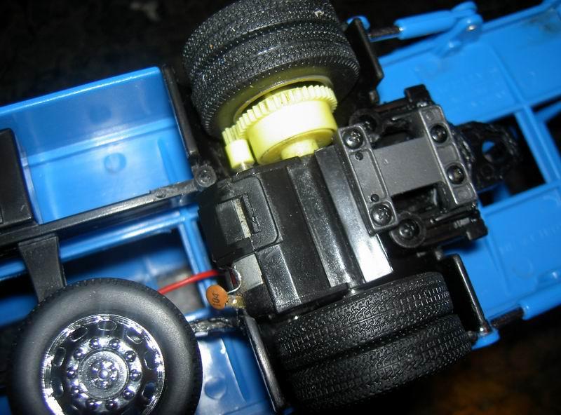 Kyosho Mini Z] Transformation d'une Mini Z en camion porte auto. 11