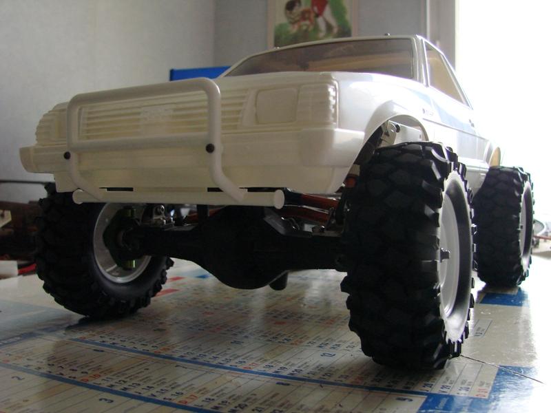 Axial  AX10 ARTR - Tamiya Subaru Brat 10
