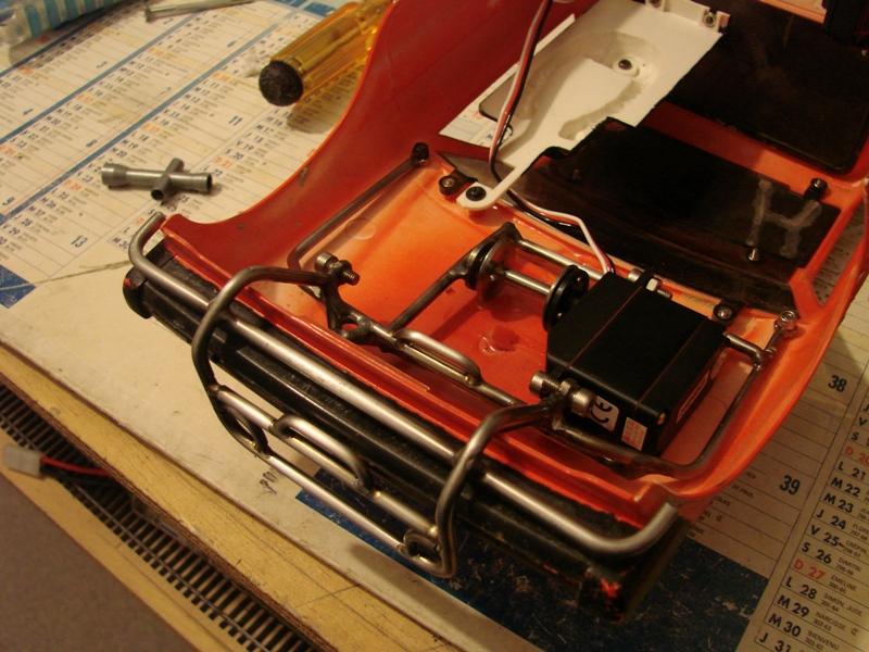 Fabrication d'un treuil puissant a partir d'un Servo 111