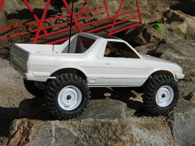 Axial  AX10 ARTR - Tamiya Subaru Brat 29