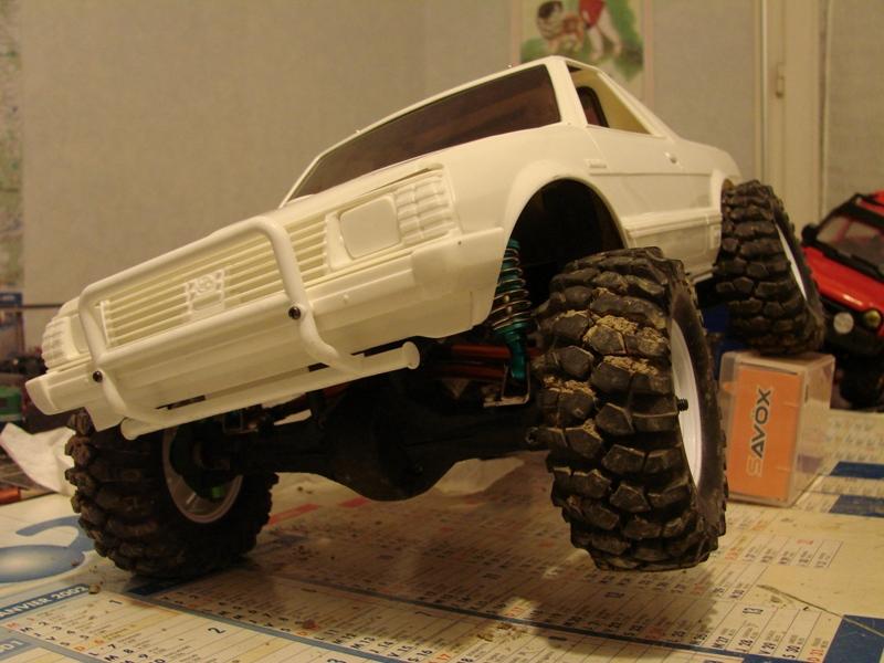 Axial  AX10 ARTR - Tamiya Subaru Brat 38