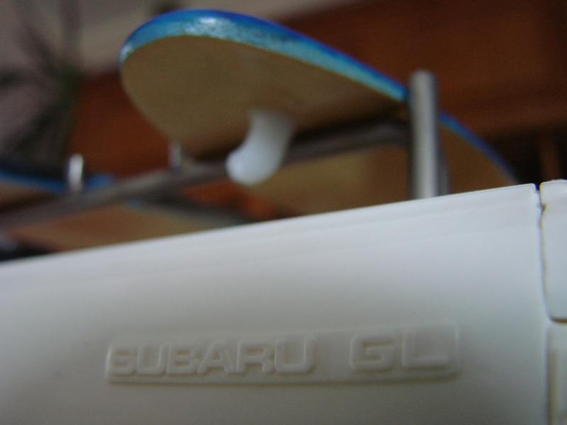 Axial  AX10 ARTR - Tamiya Subaru Brat 41