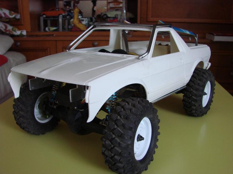 Axial  AX10 ARTR - Tamiya Subaru Brat 50