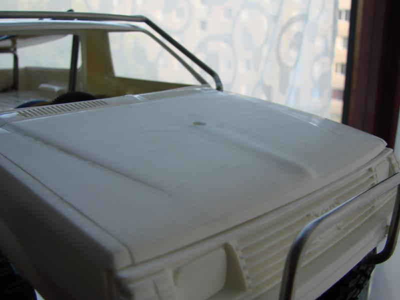 Axial  AX10 ARTR - Tamiya Subaru Brat 62