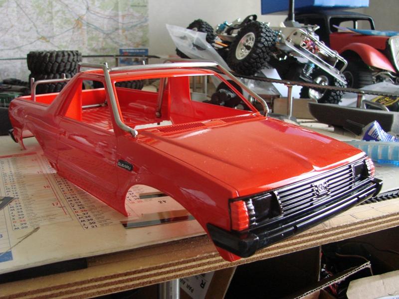 Axial  AX10 ARTR - Tamiya Subaru Brat 69