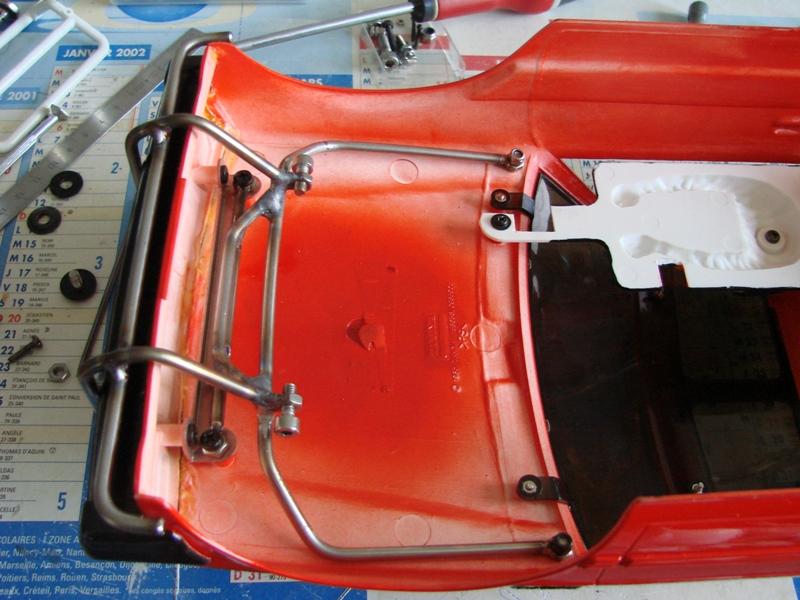 Axial  AX10 ARTR - Tamiya Subaru Brat 72