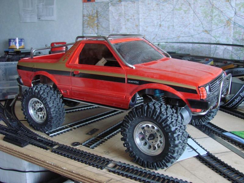 Axial  AX10 ARTR - Tamiya Subaru Brat 86