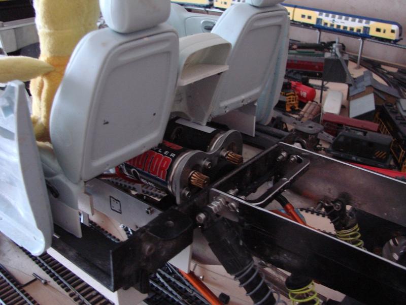 Fabrication d'un scale 1/16 ou 1/18 chassis tubulaire totalement fait maison à base de pièces de HSP Kulak ou Losi 199