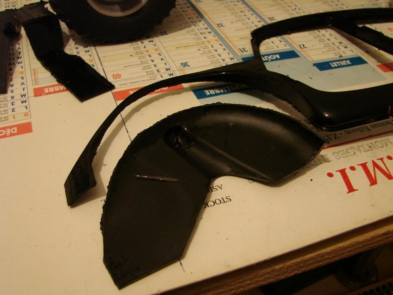 Tamiya blasing Blazer Bruiser - Citroen Traction 15/6 Heller - 1948 051