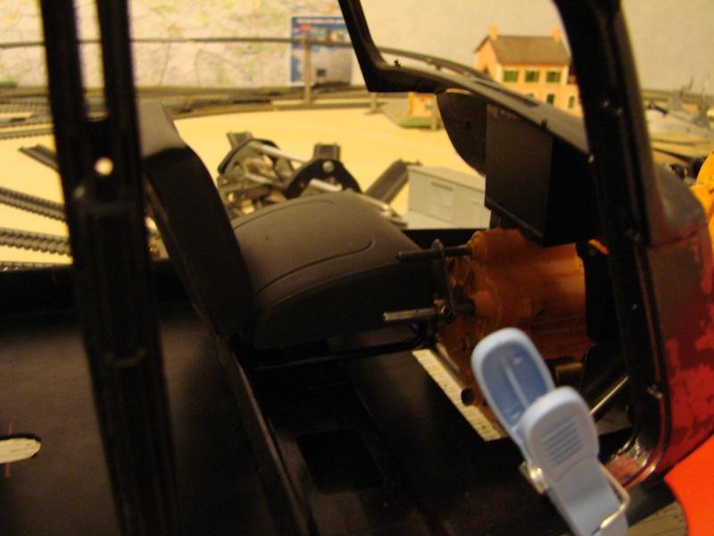 Tamiya blasing Blazer Bruiser - Citroen Traction 15/6 Heller - 1948 056
