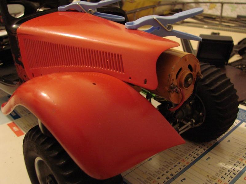 Tamiya blasing Blazer Bruiser - Citroen Traction 15/6 Heller - 1948 063