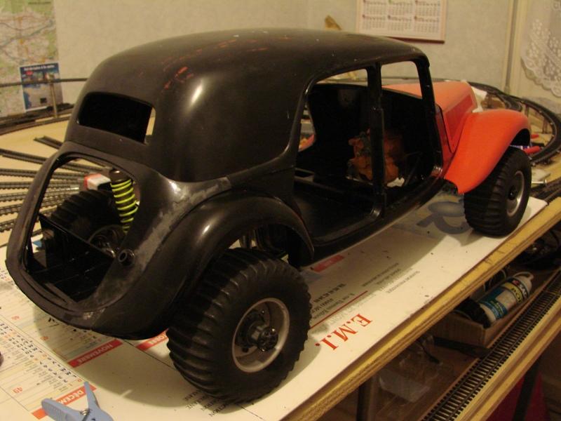Tamiya blasing Blazer Bruiser - Citroen Traction 15/6 Heller - 1948 082