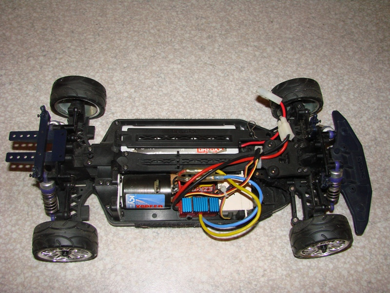 Kyosho EP pure ten  - Ma drifteuse 1/10 German Touch 05