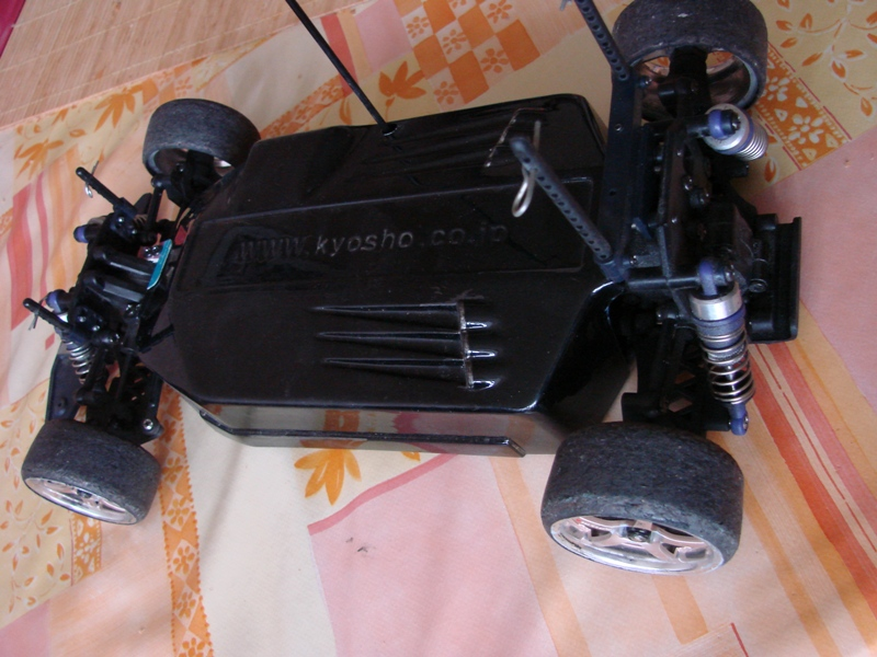 Kyosho EP pure ten  - Ma drifteuse 1/10 German Touch 16