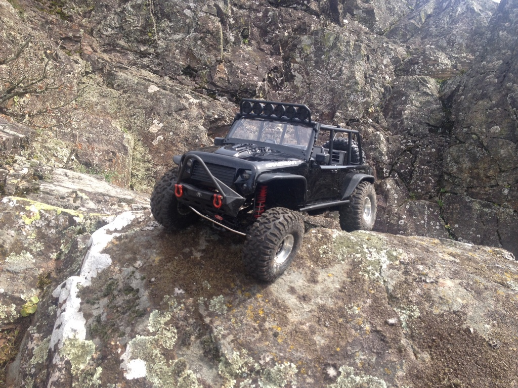 [TRACTION HOBBY CRAGSMAN] Jeep Wrangler  -  Dodge Ram 1500 (page 2) 72