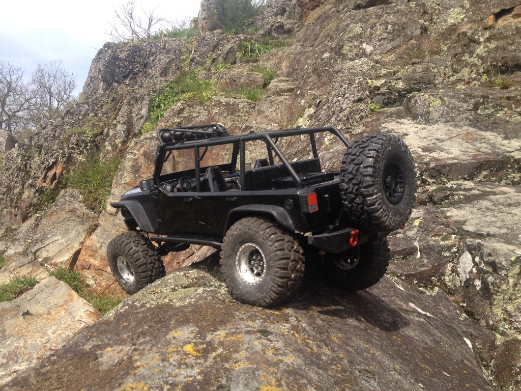 [TRACTION HOBBY CRAGSMAN] Jeep Wrangler  -  Dodge Ram 1500 (page 2) 73