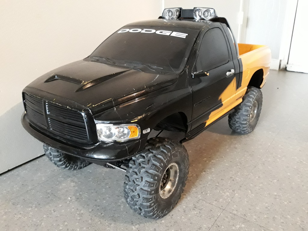 [TRACTION HOBBY CRAGSMAN] Jeep Wrangler  -  Dodge Ram 1500 (page 2) - Page 2 064