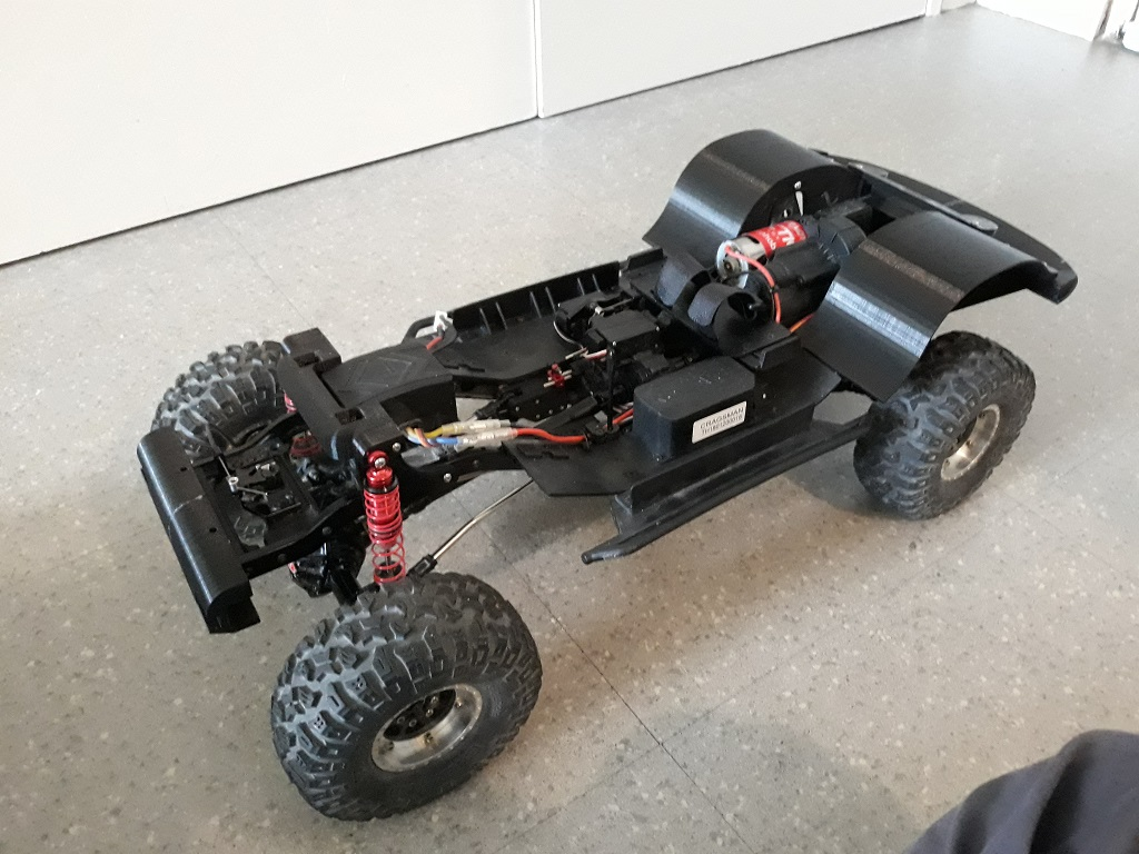 [TRACTION HOBBY CRAGSMAN] Jeep Wrangler  -  Dodge Ram 1500 (page 2) - Page 2 081
