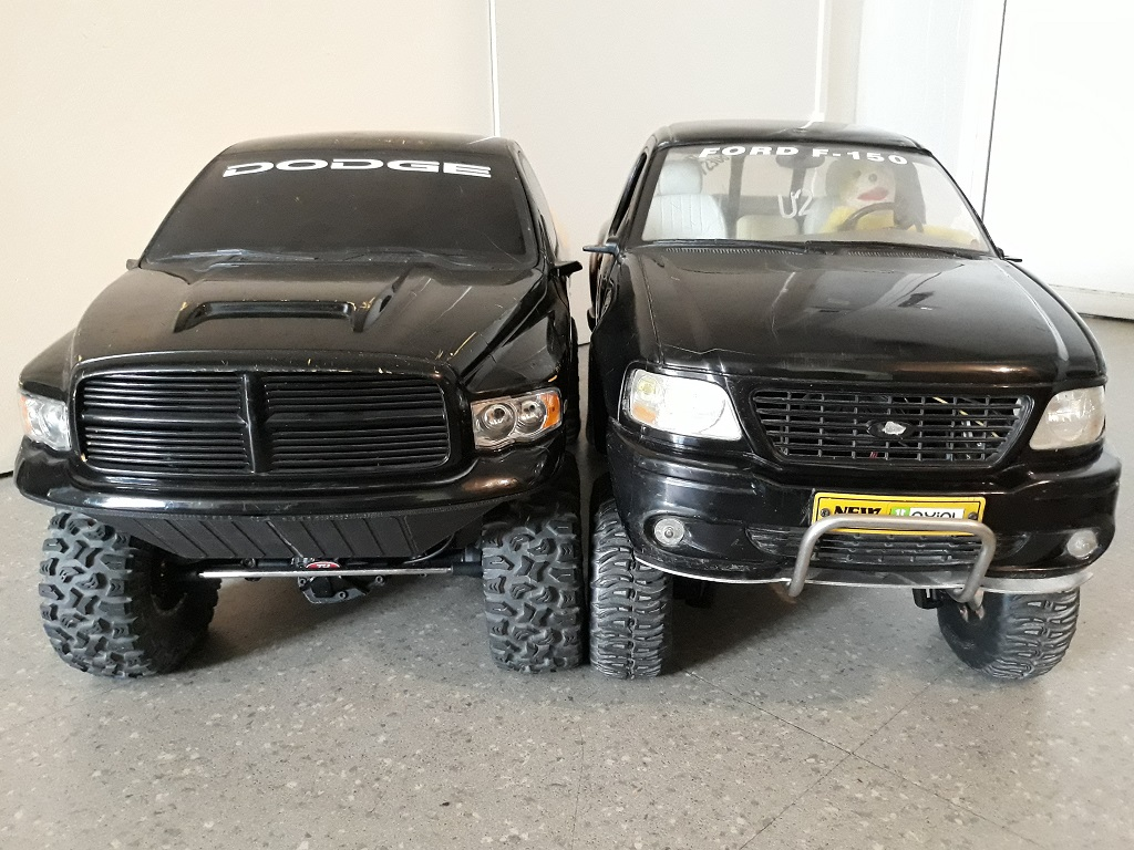 [TRACTION HOBBY CRAGSMAN] Jeep Wrangler  -  Dodge Ram 1500 (page 2) - Page 2 092